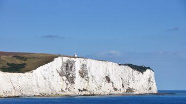 Dover e le sue scogliere bianche composizione