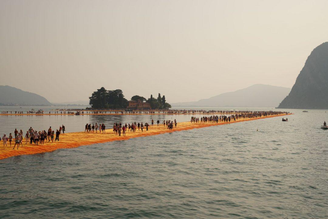 Christo e Jeanne-Claude, The Floating Piers, Lago d'Iseo, Italia