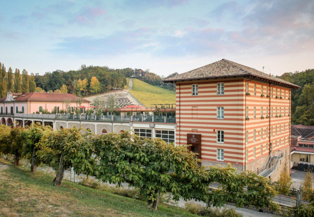Villaggio Narrante in Fontanafredda e Casa E. di Mirafiore, Langhe, Piemonte