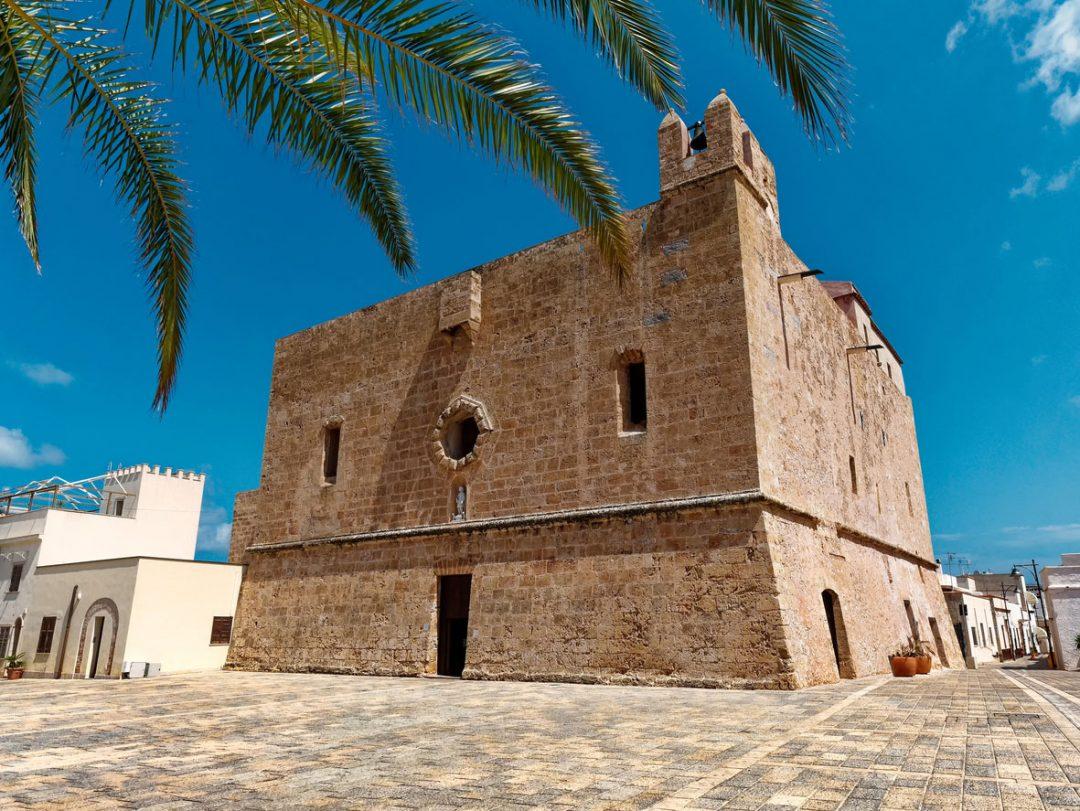 La location: il giardino del Santuario di San Vito Martire