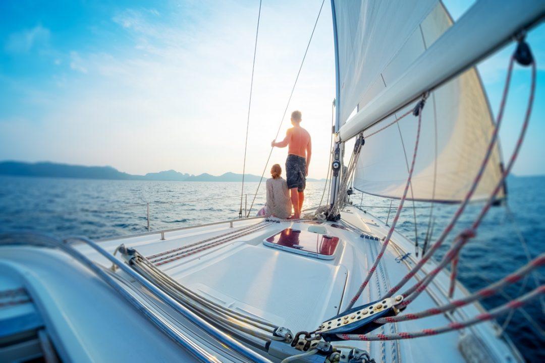 Acqua: barca a vela