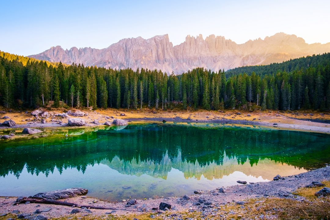Lago di Carezza in campeggio